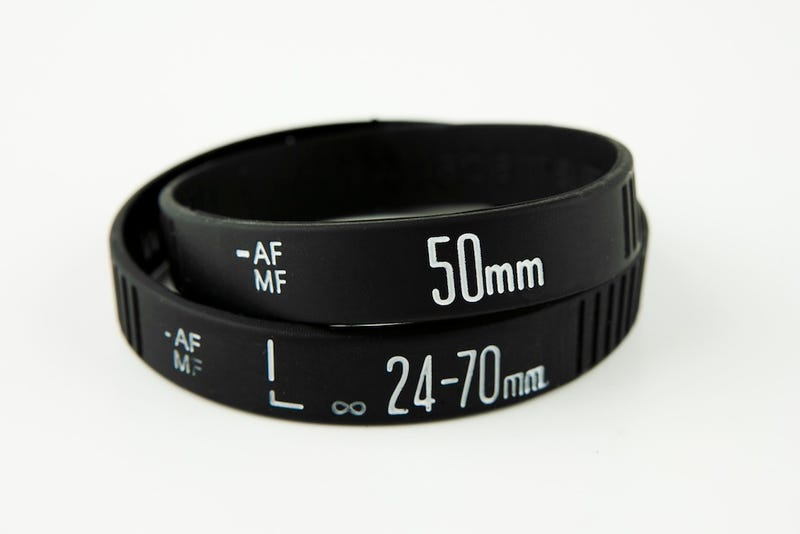 Illustration for article titled Lens Bracelets Are the Ultimate Stocking Stuffer for Your Fave Photog