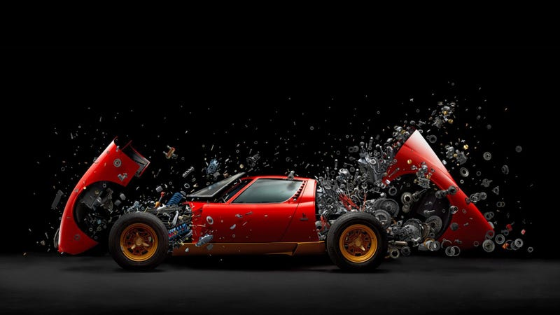 Illustration for article titled This Photo of an Exploding Lamborghini Will Blow Your Mind