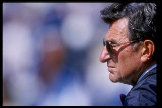 Illustration for article titled Joe Paterno Is Still Alive [UPDATE]