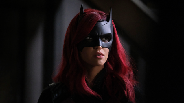 Batwoman s Showrunner Considered a  Soap Opera -Style Recast, But Ultimately Decided Against It