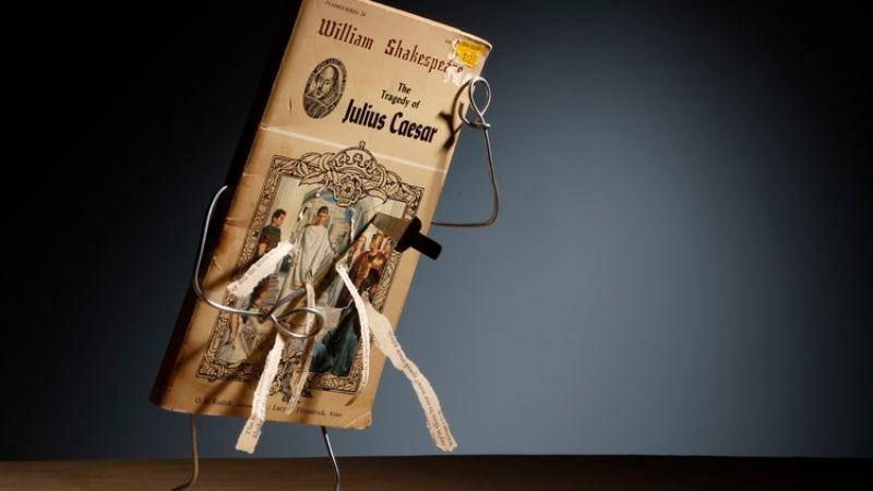 Illustration for article titled Amazing art project Wiry Limbs, Paper Backs anthropomorphizes literary classics