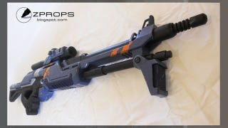 Illustration for article titled Crafty Man Builds Mass Effect Sniper Rifle