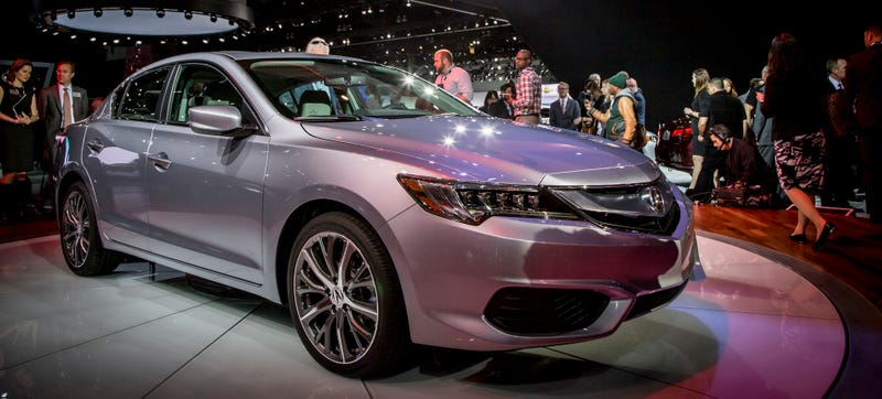 Illustration for article titled The 2016 Acura ILX Dumps The Manual But Other Stuff Gets Better
