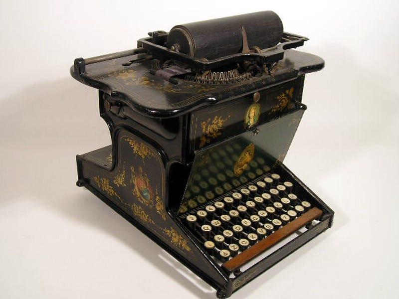 Vintage Royal Portable Typewriter Part - 37: 10 Of Historyu0027s Most Beautiful Typewriters