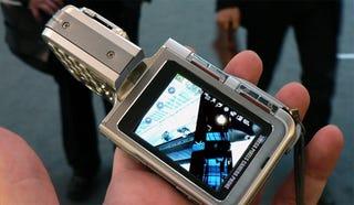 Illustration for article titled LG KG920 5-Megapixel Camerphone Gets Official