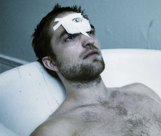 Illustration for article titled Robert Pattinson recreates Cronenberg's Videodrome and Scanners