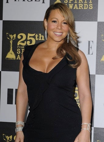 Illustration for article titled Concert Video Ignites New Mariah Carey Pregnancy Rumors