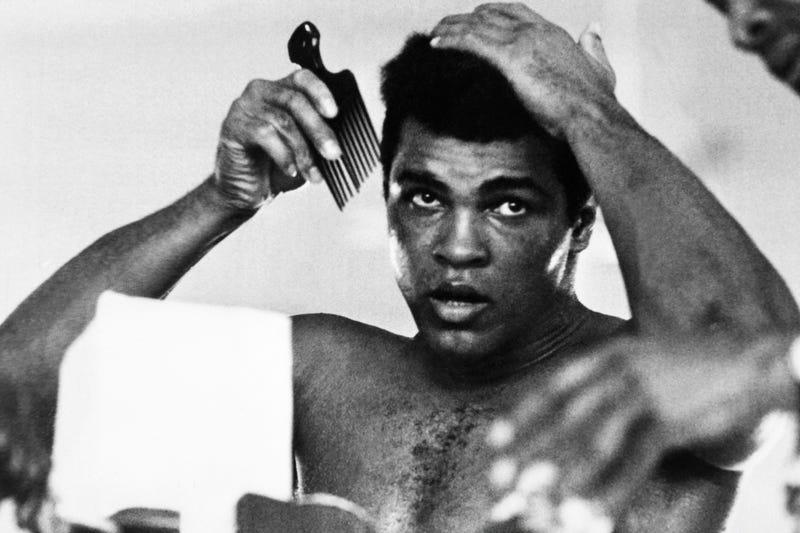 Muhammad Ali (STR/AFP/Getty Images)