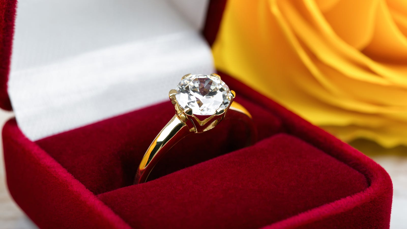 Wedding Experts Say Engagement Ring Should Cost At Least Three Diamond Miners' Lives