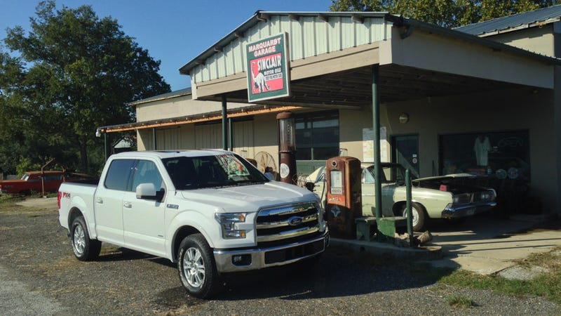 2015 ford f 150 official fuel economy confirmed epa says up to 26 mpg. Black Bedroom Furniture Sets. Home Design Ideas