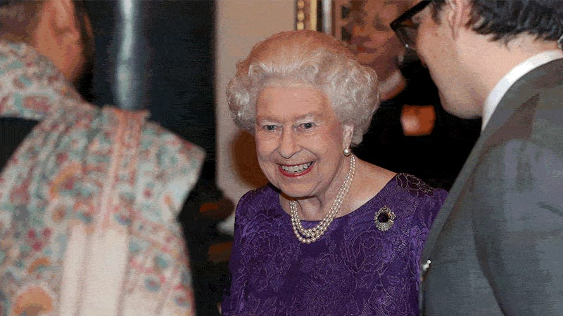 Does the Queen Wear Essie Nail Polish in 'Ballet Slippers'? An Investigation