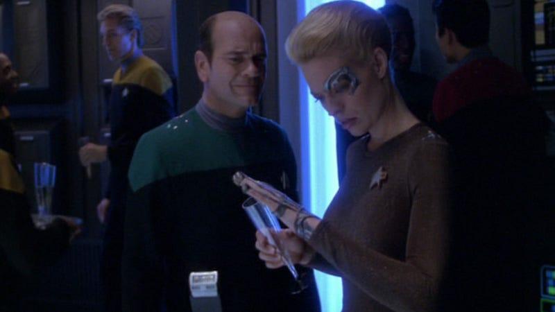 "Image: Screencap from ""Timeless,"" Star Trek Voyager, Paramount via TrekCore"