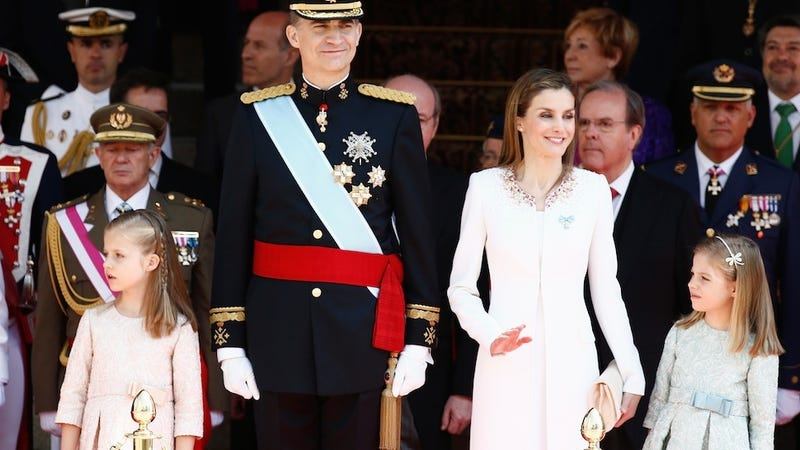 Illustration for article titled Spain Has a New King and His Wife Is a Total Normal