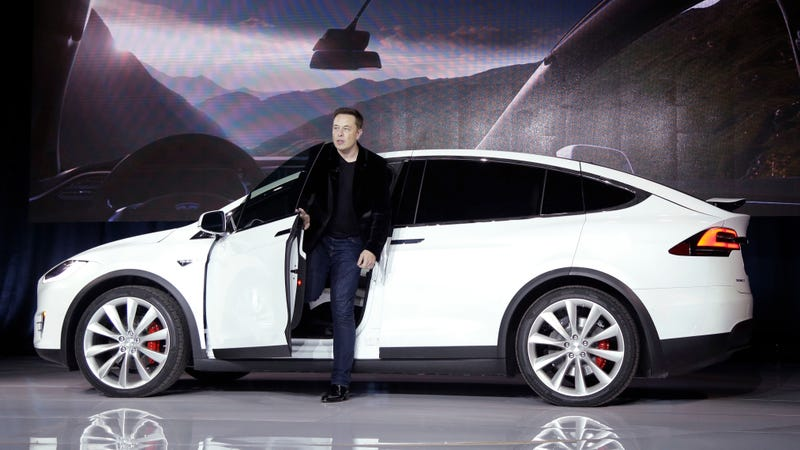 Illustration for article titled Why Elon Musk Is Considering Taking Tesla Private