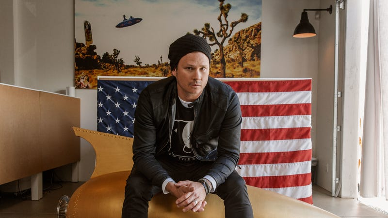 Illustration for article titled Tom DeLonge will try to prove the existence of aliens on new History show