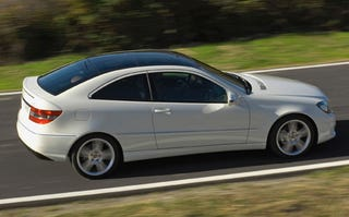 Illustration for article titled 2009 Mercedes-Benz CLC 220 CDI Revealed, We Applaud Diesel Goodness