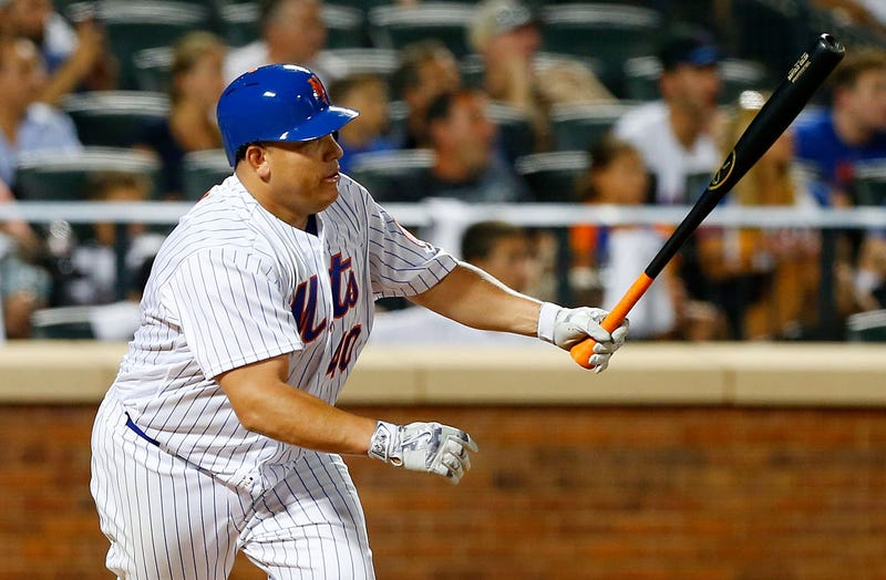 Mets' Asdrubal Cabrera exits with left knee injury