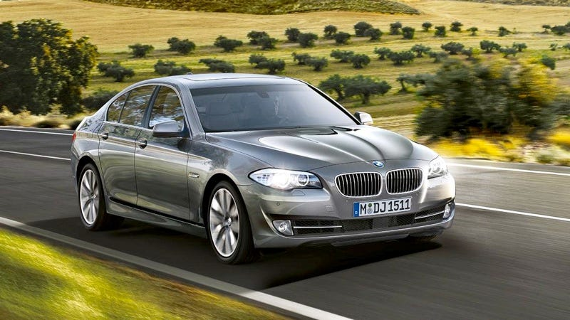 Illustration for article titled 2011 BMW 5 Series: Bangle Butt Goes Bye-Bye