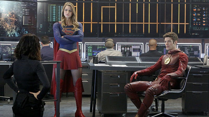 Illustration for article titled As Demanded by Common Sense, Supergirl and Flash Are Going to Have a Musical Crossover