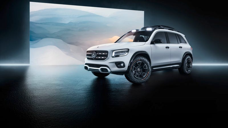 Illustration for article titled Mercedes Benz made a Renegade (GLiB)