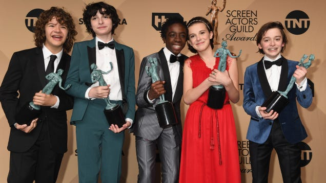 Awards season heats up tonight with the Screen Actors Guild Awards