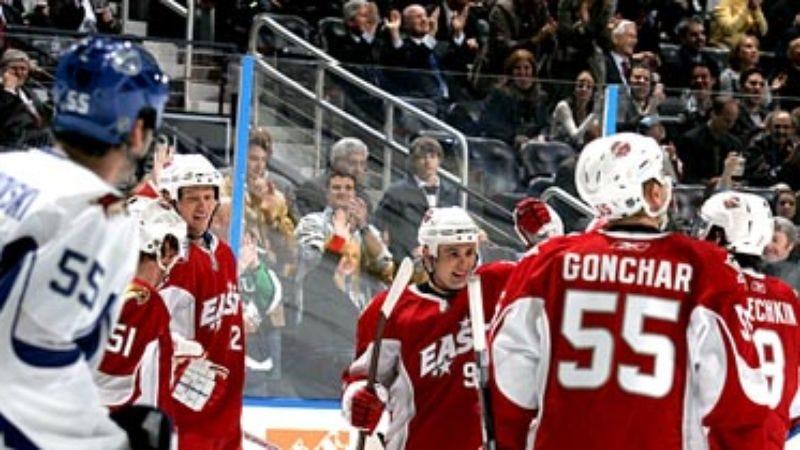 Illustration for article titled Atlanta Fans Smile Politely Through Entire NHL All-Star Game