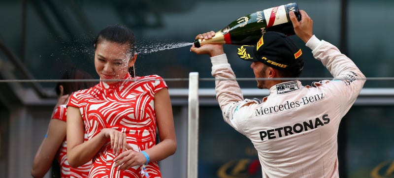 Illustration for article titled Lewis Hamilton's Champagne Spray Sparks Dumb International Outrage