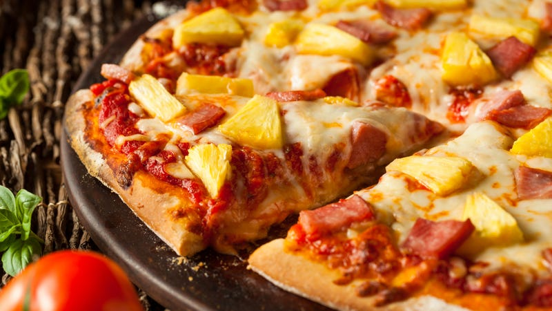 Washington Post writer joins rank of pineapple-pizza defenders