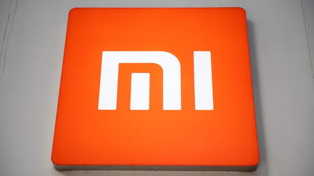 Watch Xiaomi Breaks Its Records and Charge a Phone in 8 Minutes