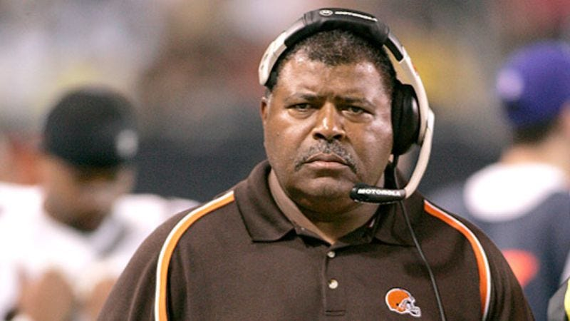 Illustration for article titled Romeo Crennel Upset With Team's Offense And That Nestle Crunch Bars No Longer Come Wrapped In Foil