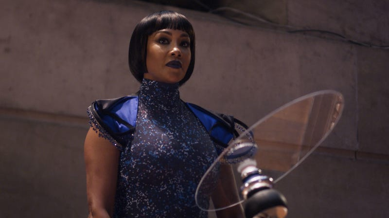 Vivica A. Fox is the POTUS in the new sci-fi film Crossbreed.