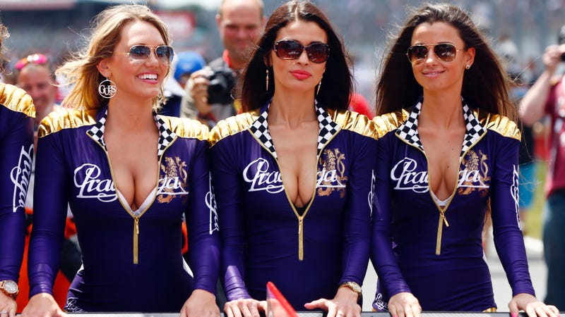 Illustration for article titled The World Endurance Championship Says Au Revoir To Grid Girls