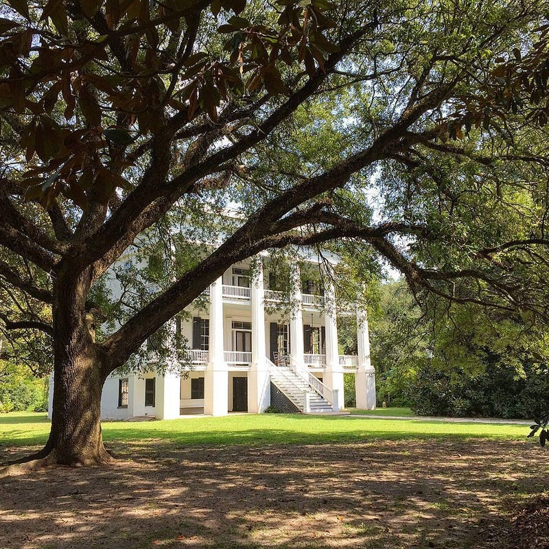 Descendants of Plantation Owner, Slave Reunite for Dinner 181 Years on governors house, indians house, mills house, plantation style house, colonists house, plantation masters house, country plantation house, plants house, french plantation house, planters house,