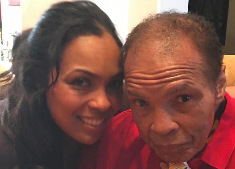 Hana Ali with her father, Muhammad AliHana Ali via Instagram