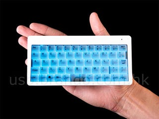 Illustration for article titled Backlit Wireless Keyboard is Probably Too Small To Use (But it Glows, People!)