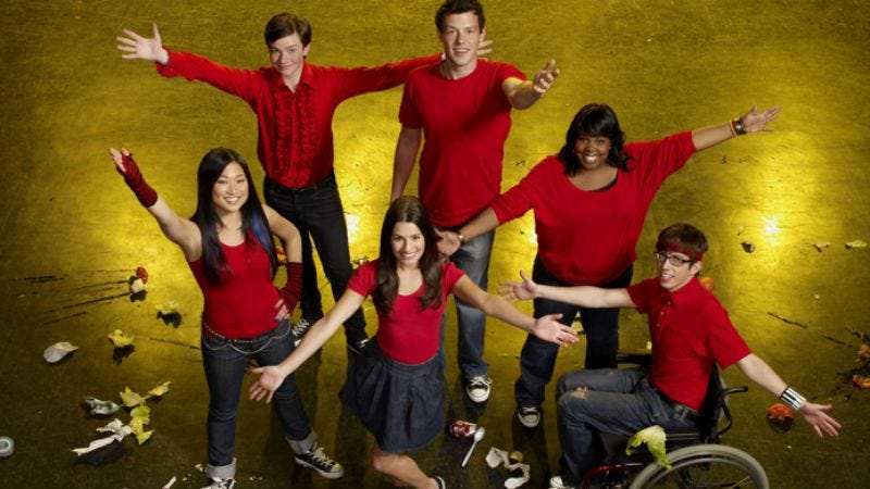 """Illustration for article titled Fox at the TCAs: """"Glee, Glee, Glee, Glee, dinosaurs, baseball, Glee, Glee, Zooey Deschanel, and Glee"""""""