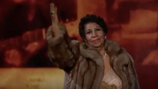 """Aretha Franklin performs Carole King's """"(You Make Me Feel Like) A Natural Woman"""" at the 2015 Kennedy Center Honors in December 2015.YouTube screenshot"""