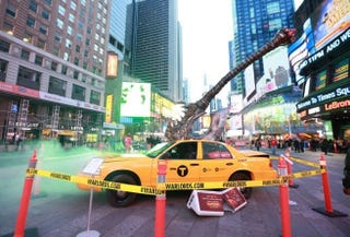 Illustration for article titled Blizzard have planted an Axe in a Times Square Taxi, because Warcraft