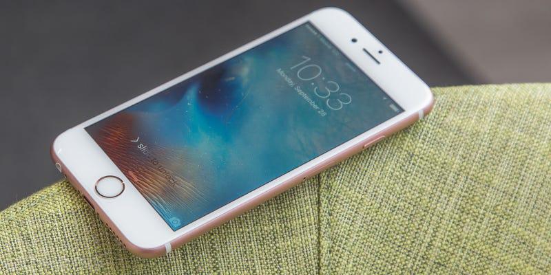 Refurb Unlocked iPhone 6s, $420-$530