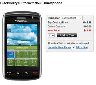 Illustration for article titled Preparing for the Storm 2? Verizon BlackBerry Storm Now $50