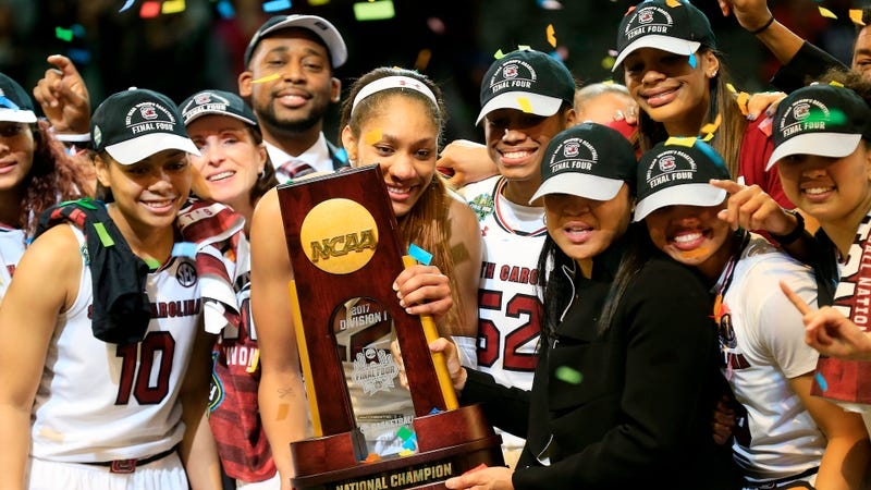 White House welcomes college champs - with 2 notable exceptions