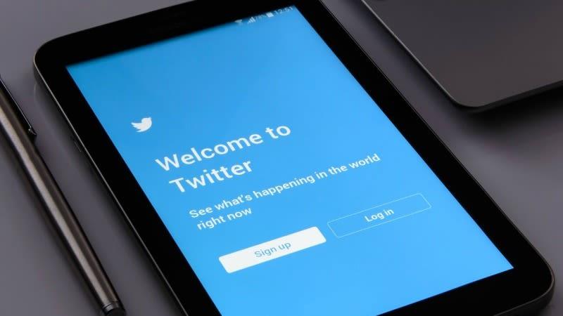 Illustration for article titled Los nuevos marcadores de Twitter ya están disponibles para todos los usuarios de iPhone y Android