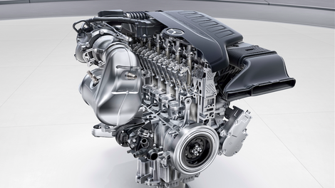 Here\'s The Differences Between A V6 And Straight-Six Engine