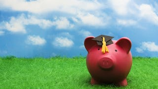 Illustration for article titled A Beginner's Guide to Applying for College Financial Aid
