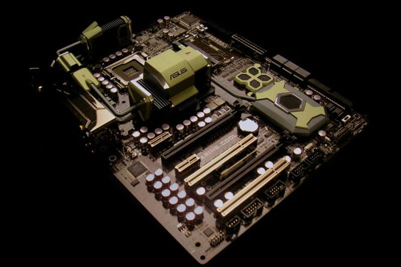 Illustration for article titled Asus Marine Cool Motherboard Fights Heat with Ceramic Plates