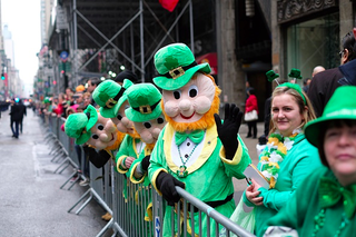 Illustration for article titled Which Is Worse: St. Patrick's Day Or SantaCon?