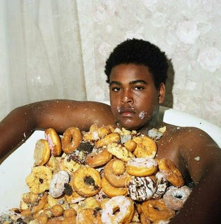 Illustration for article titled I was trying to find a gif of a car doing a donut, I found this.