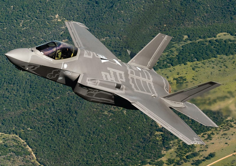 Illustration for article titled Big Liberal Win In Canada Is Bad News For The F-35 Joint Strike Fighter