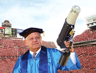 Illustration for article titled Ohio State Uses T-Shirt Blaster To Pass Out Diplomas