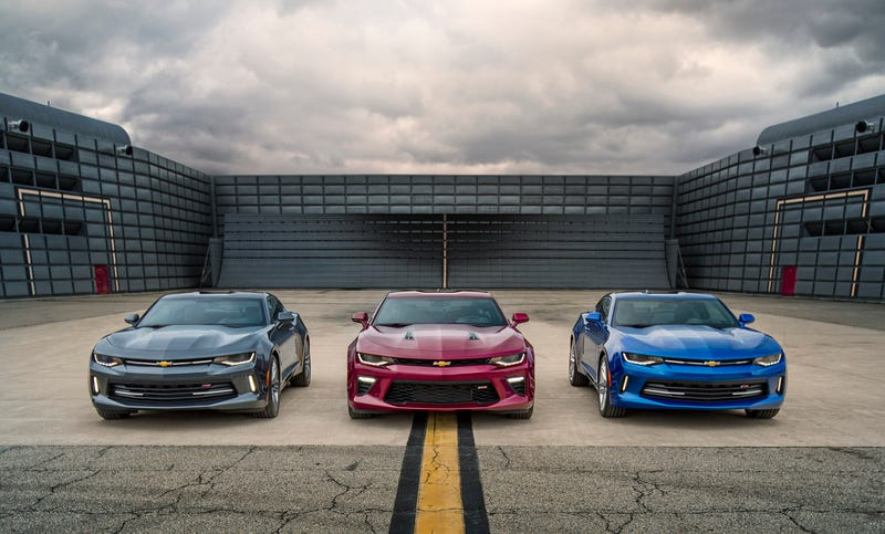 Illustration for article titled The 2016 Chevrolet Camaro Will Start At $26,695, V8 SS At $37,295
